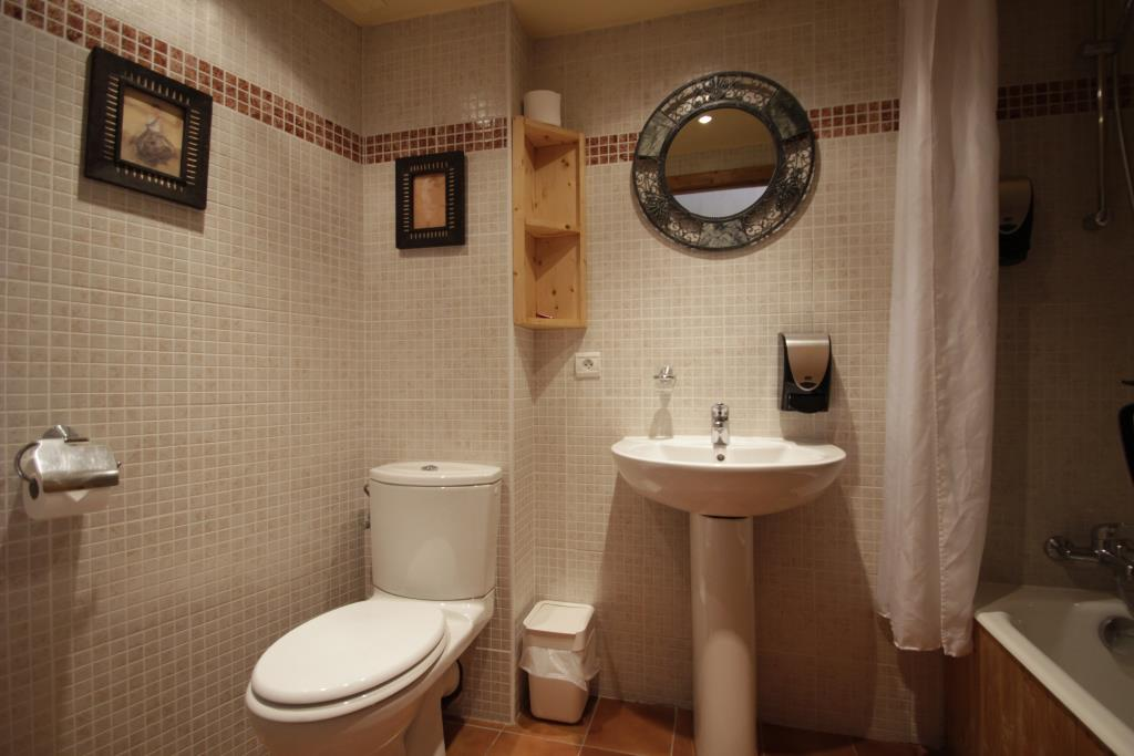 Eira WC