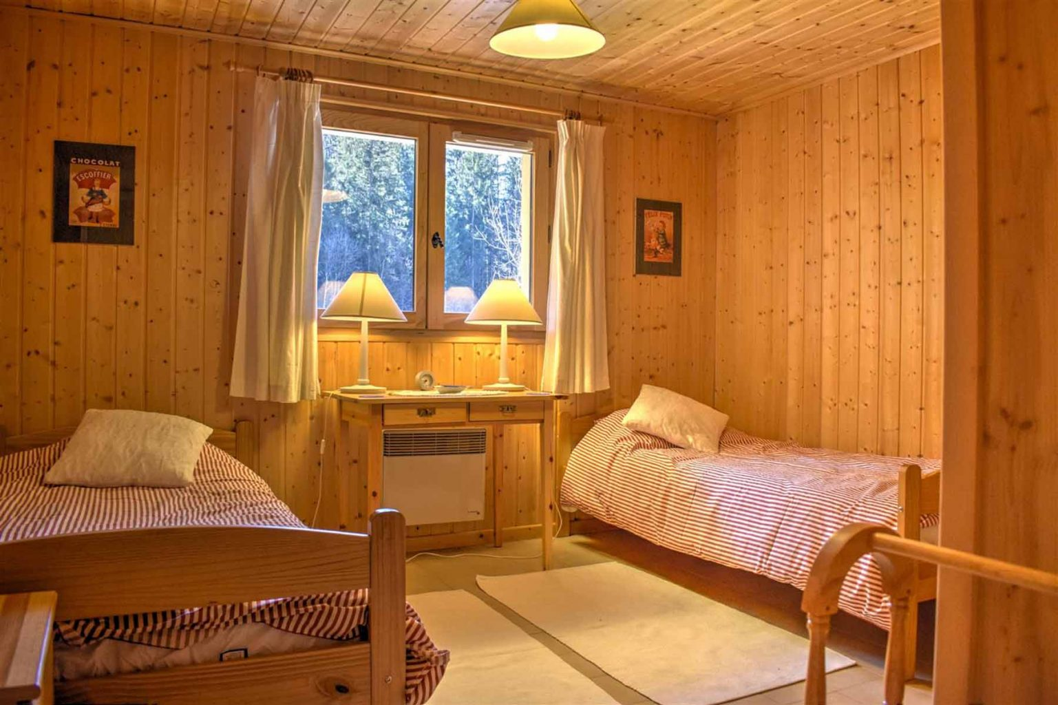 L'Ele Baud Chalet Bedroom