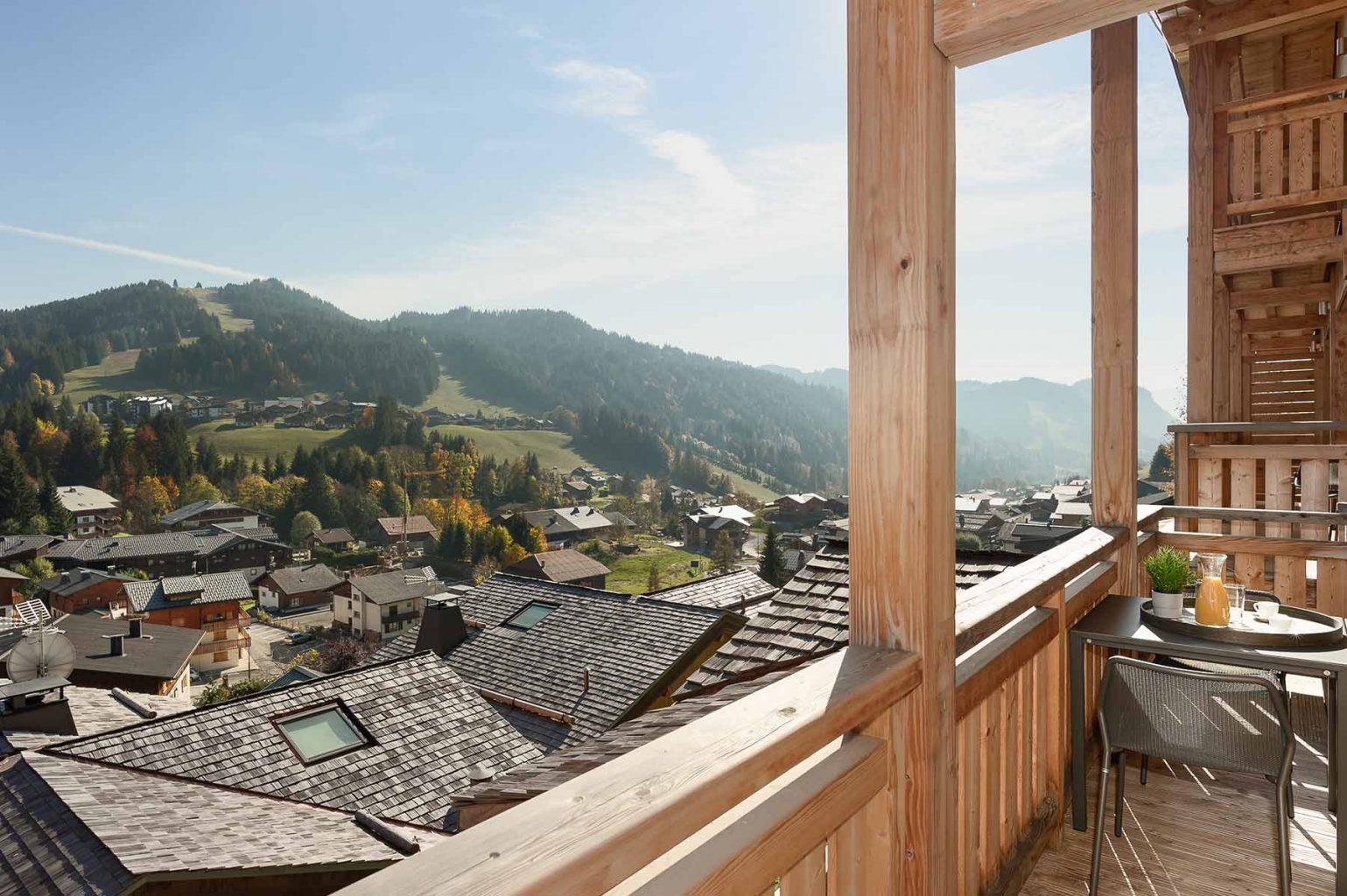 Kili 5A Summer Balcony View