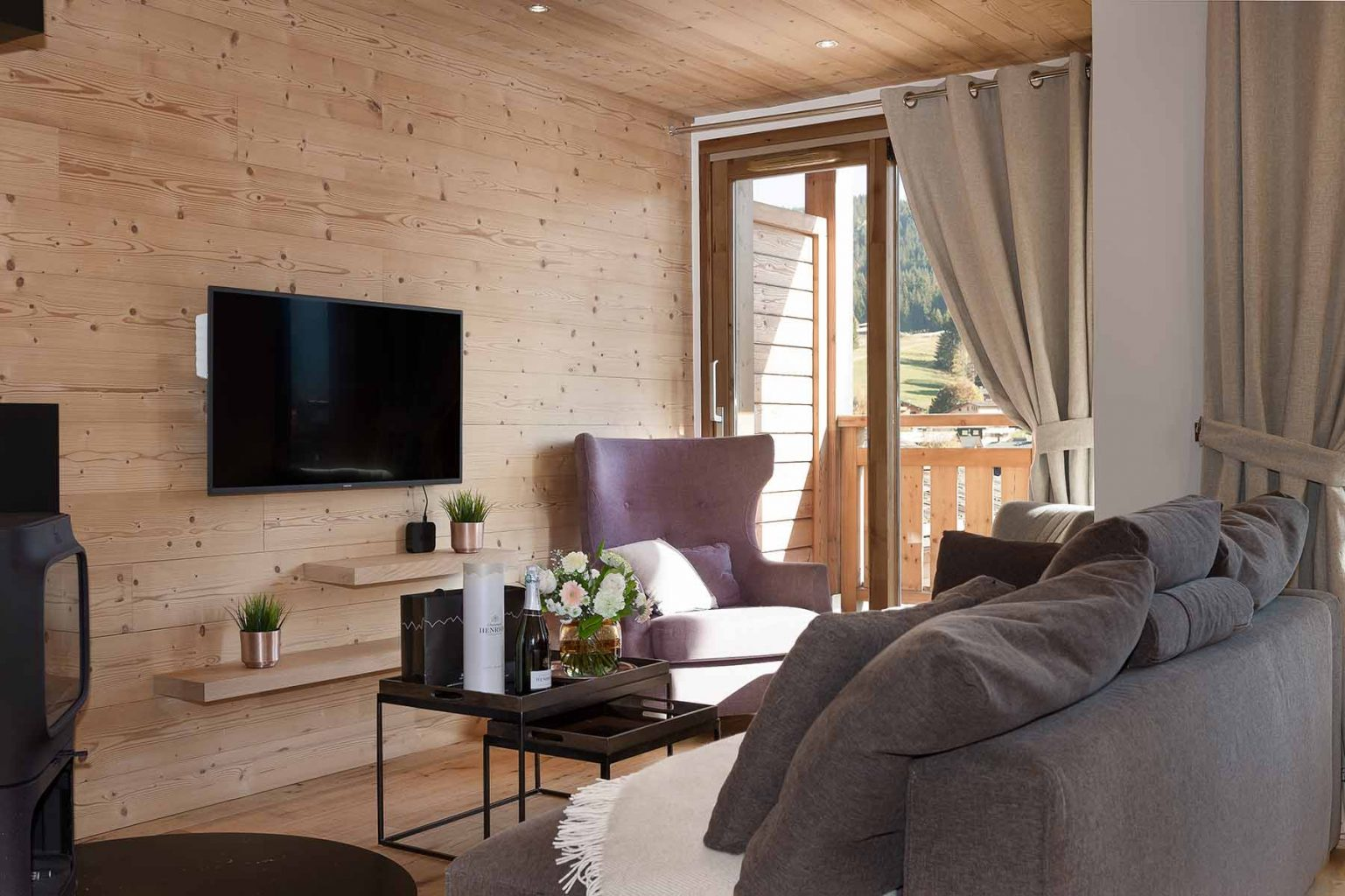 Kili 5A Lounge