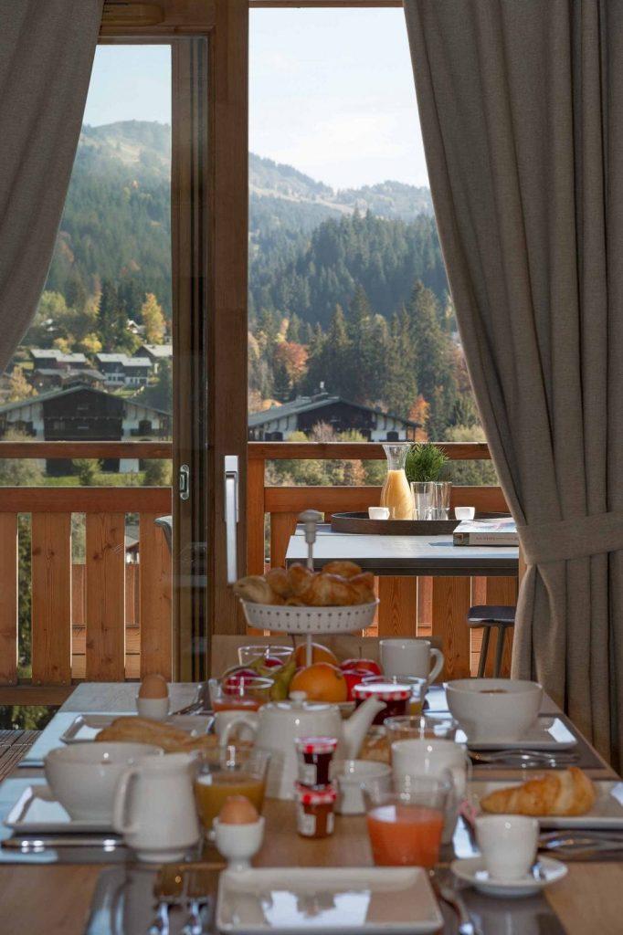 Kili 5A Lounge View