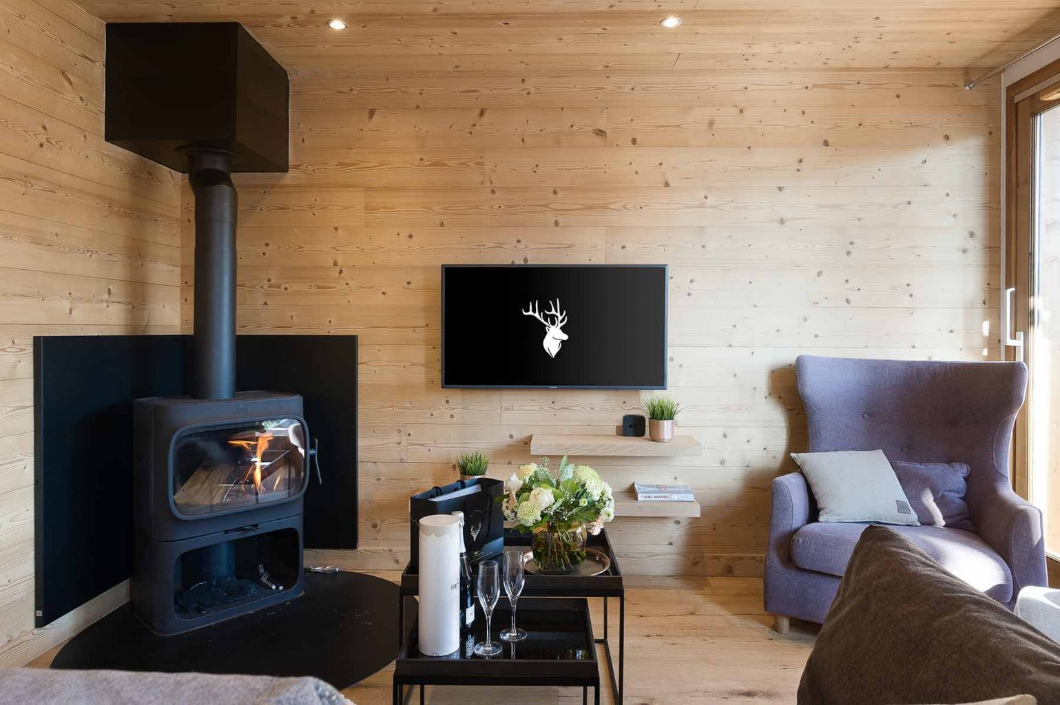 Kili 5A Fire Lounge