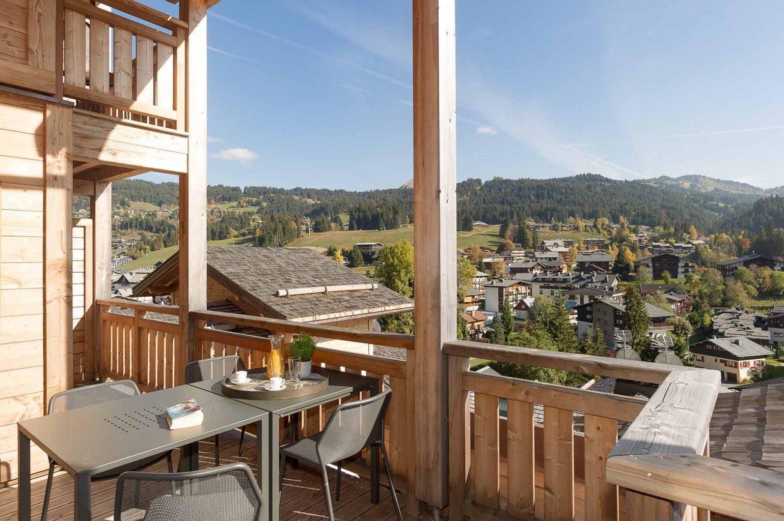 Kili 5A Summer Balcony