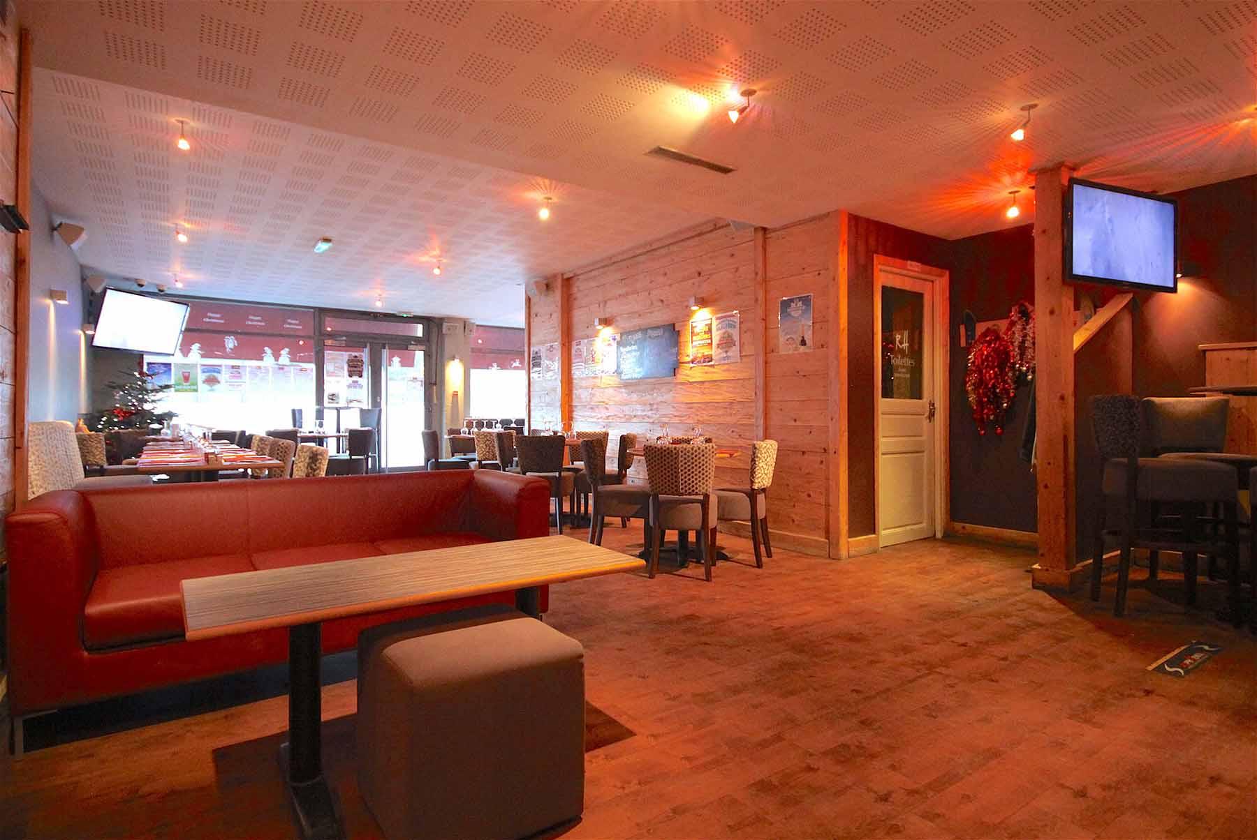 Rhodos Hotel Lounge