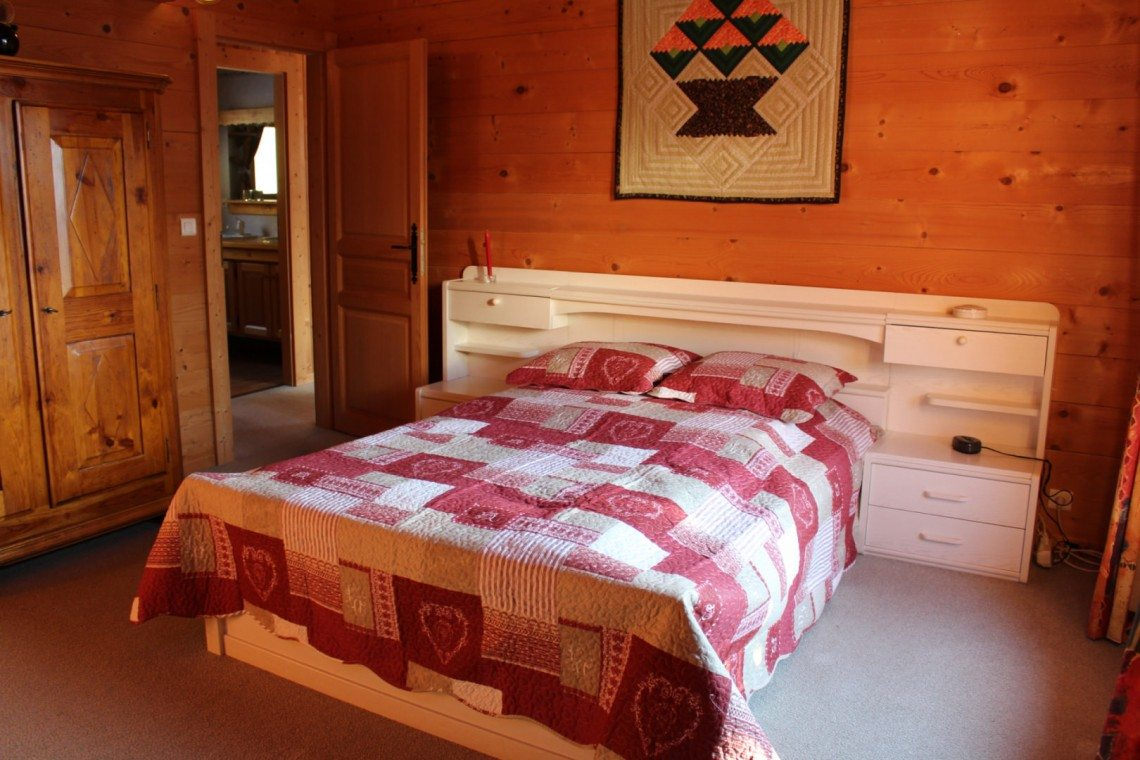Biot Chalet Childrens Bedroom