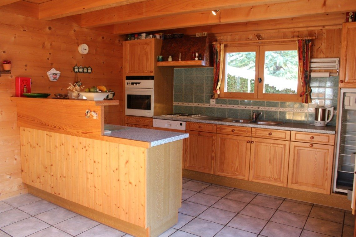 Biot Chalet Kitchen