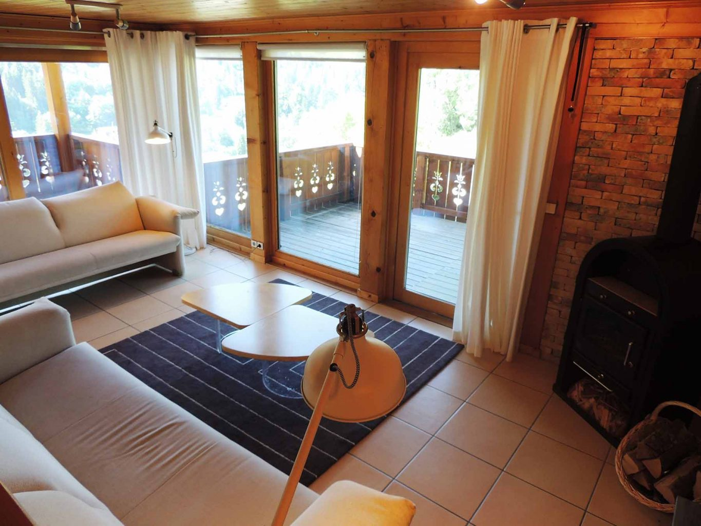 Perrier Chalet Lounge