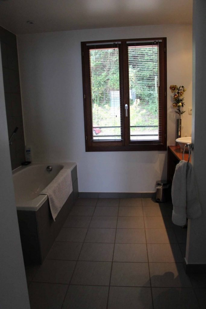 Meillerie Villa Bathroom