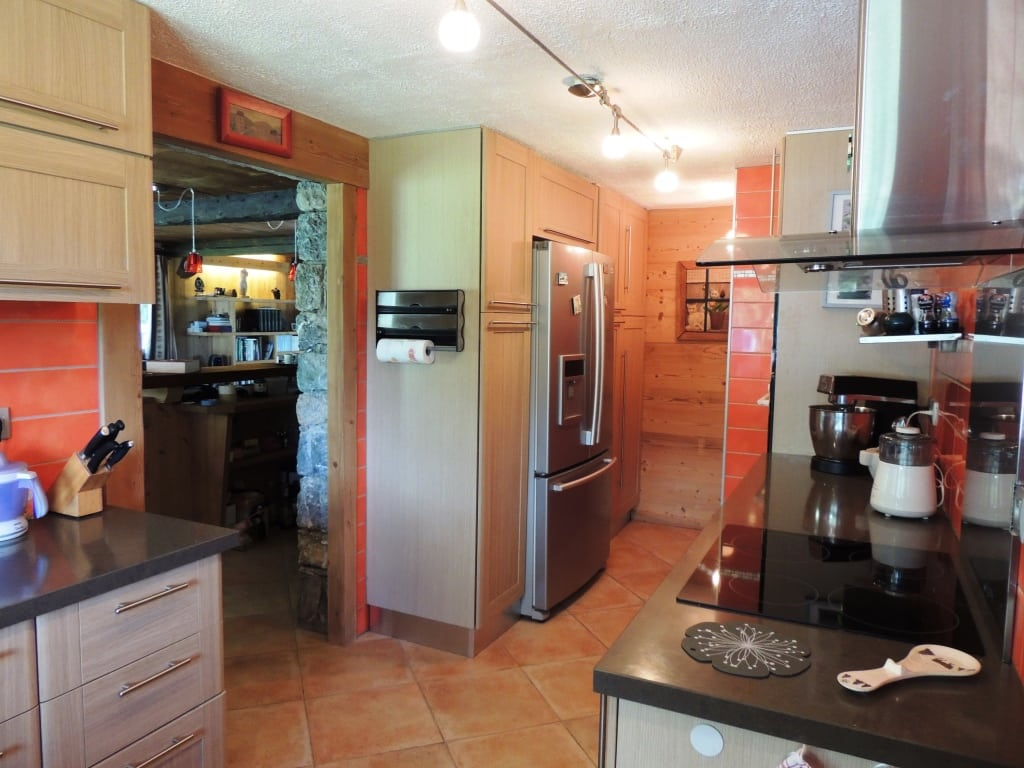 LG Alpage Equipped Kitchen