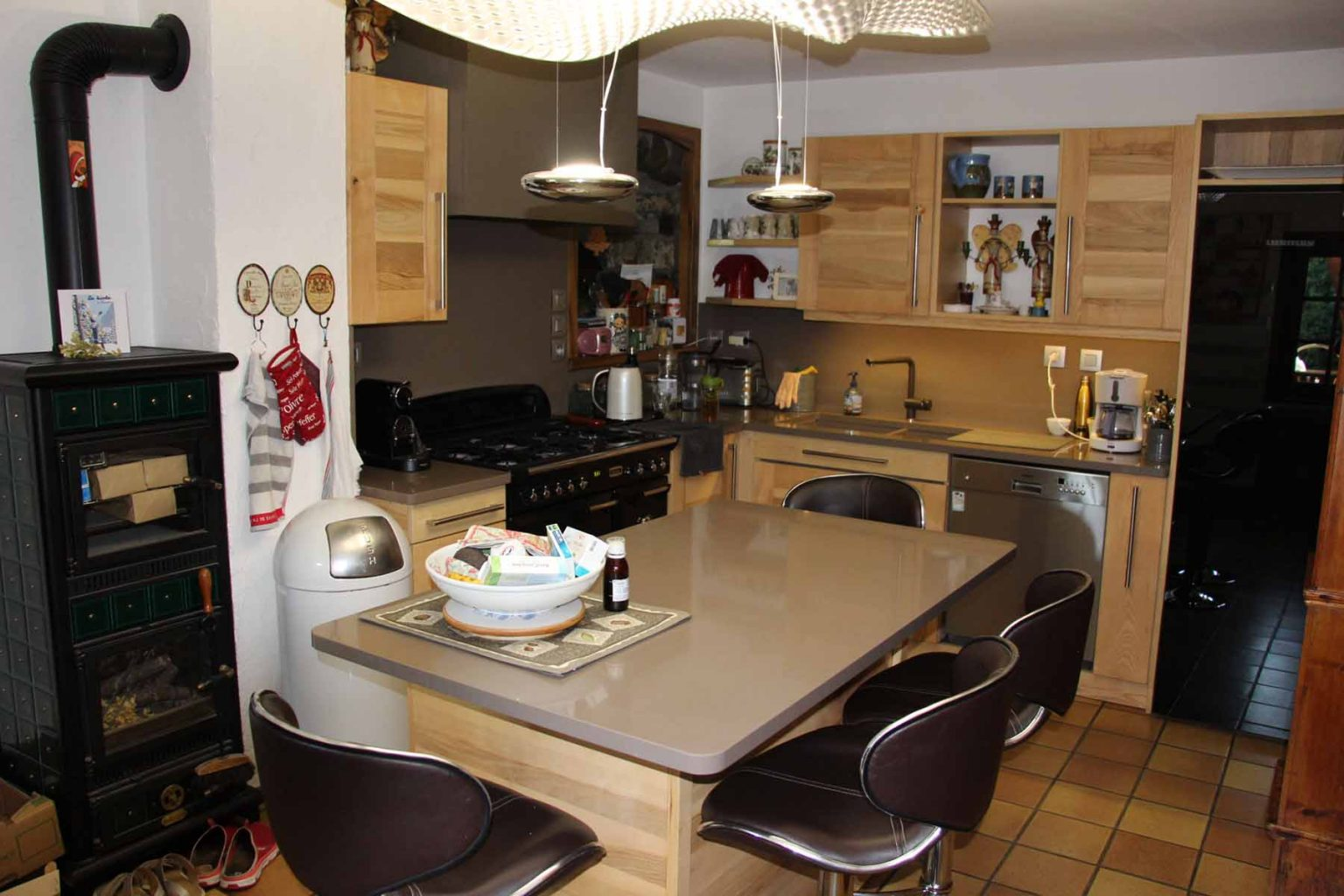 Chalet Vanchouke Appt Dining Room