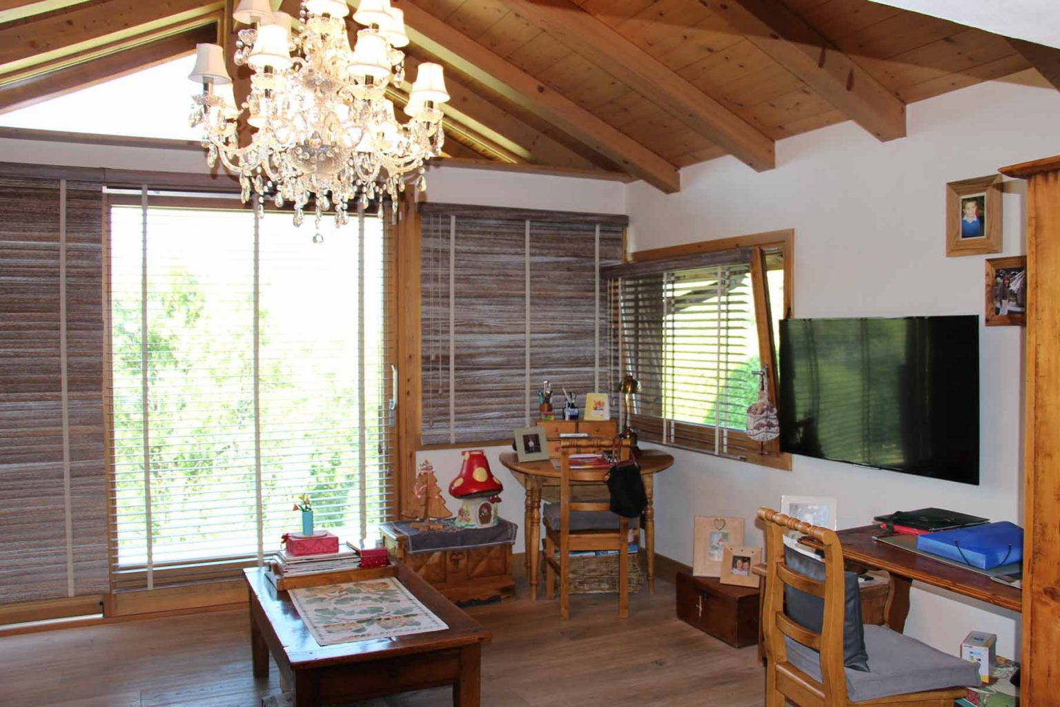 Chalet Vanchouke Appt Sitting Room