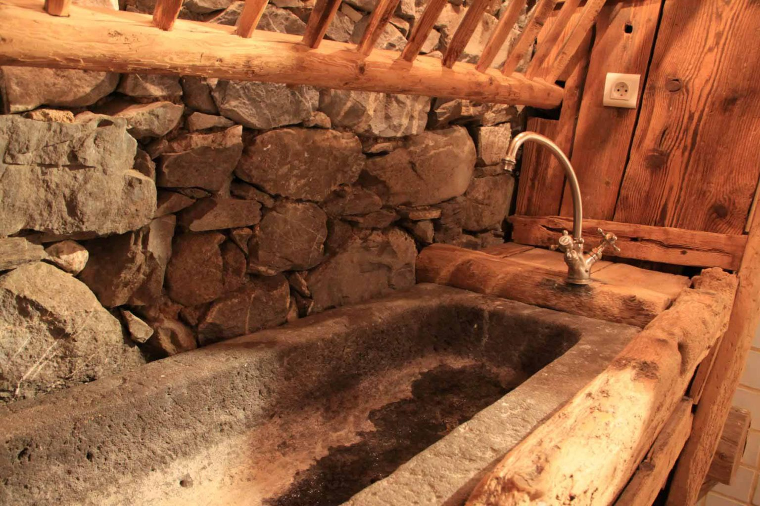 Ferme 641 traditional sink