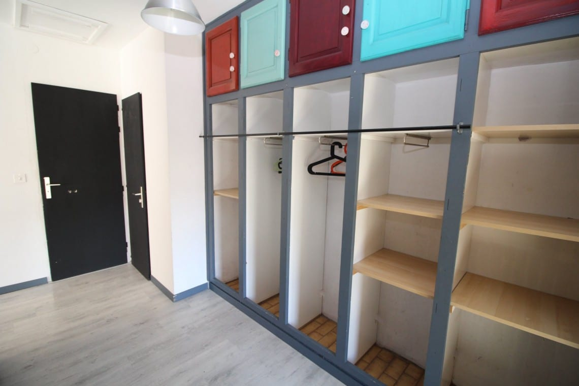 Onchets Appts Bedroom Storage