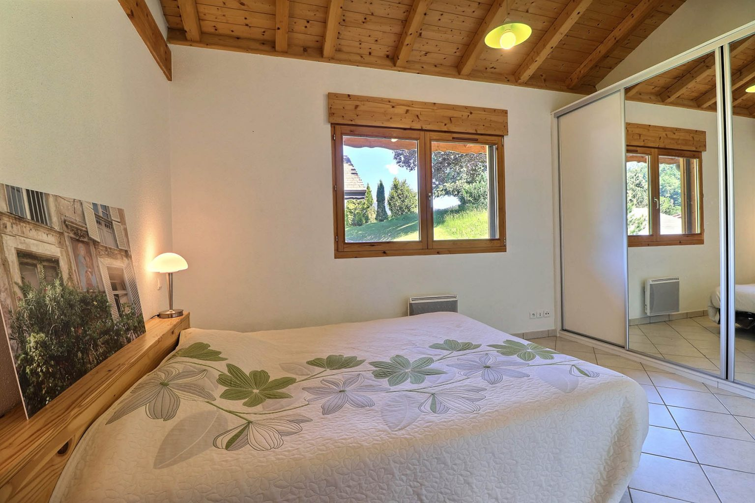 Chalet Gauthier Double Bedroom