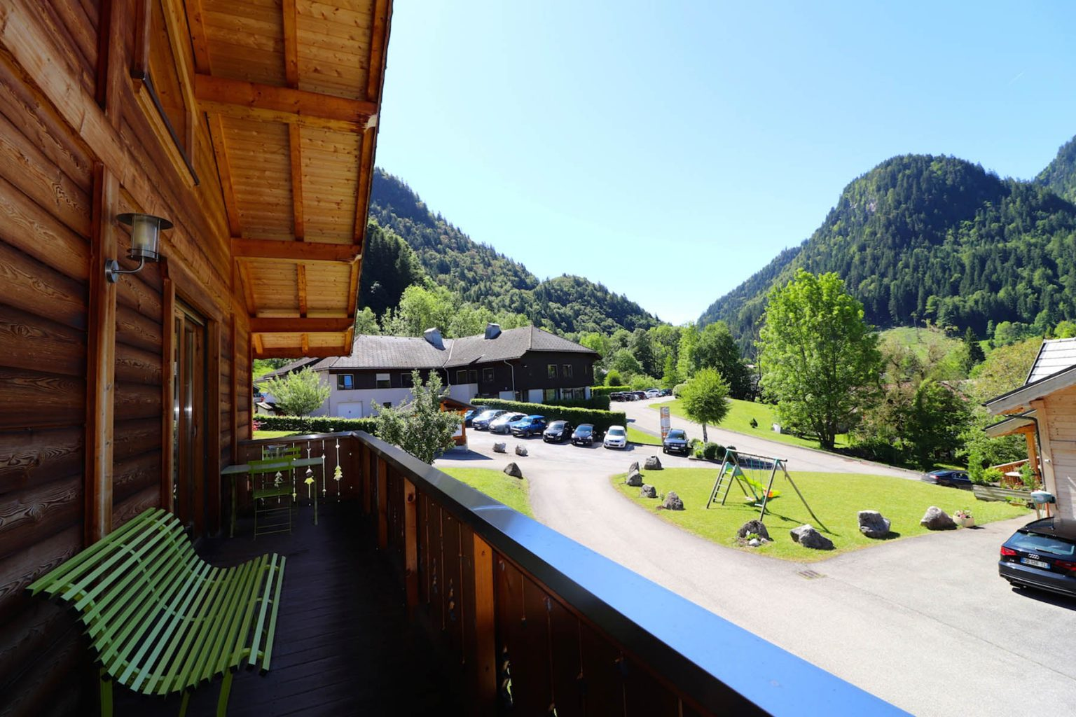 Chalet Gauthier Balcony