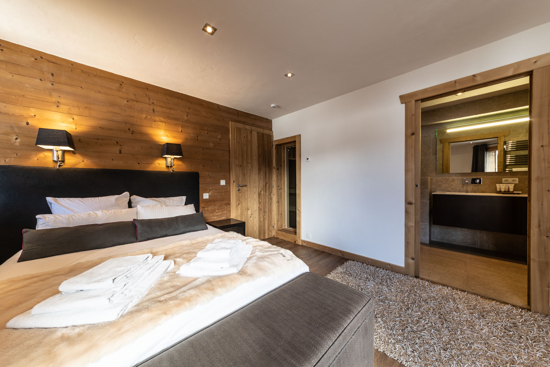Omaroo 1 En-suite Bedroom