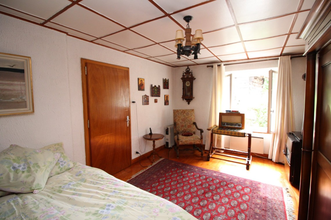 Bas Thex 735 Small Bedroom