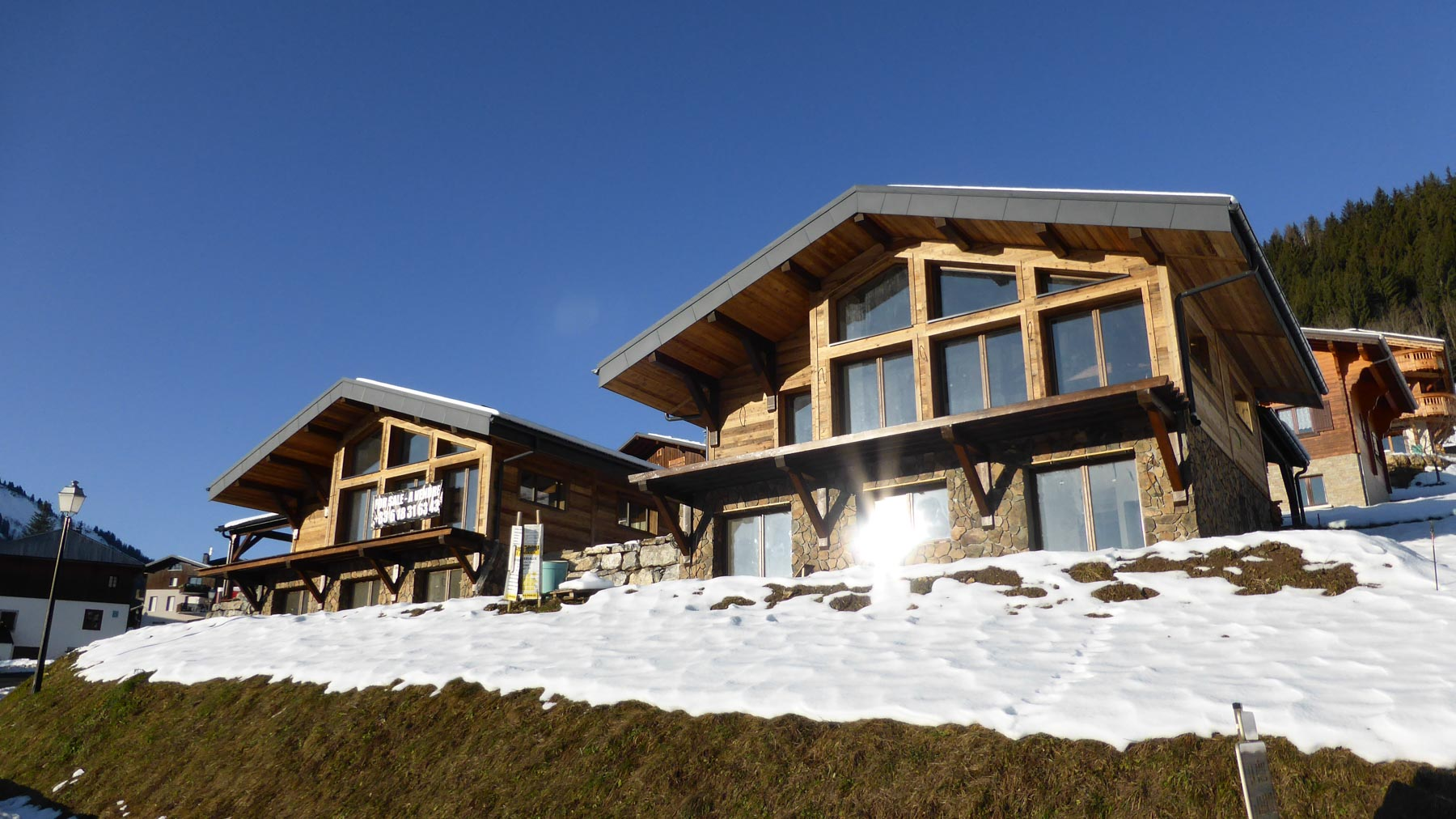 Cote MH New Chalet Front