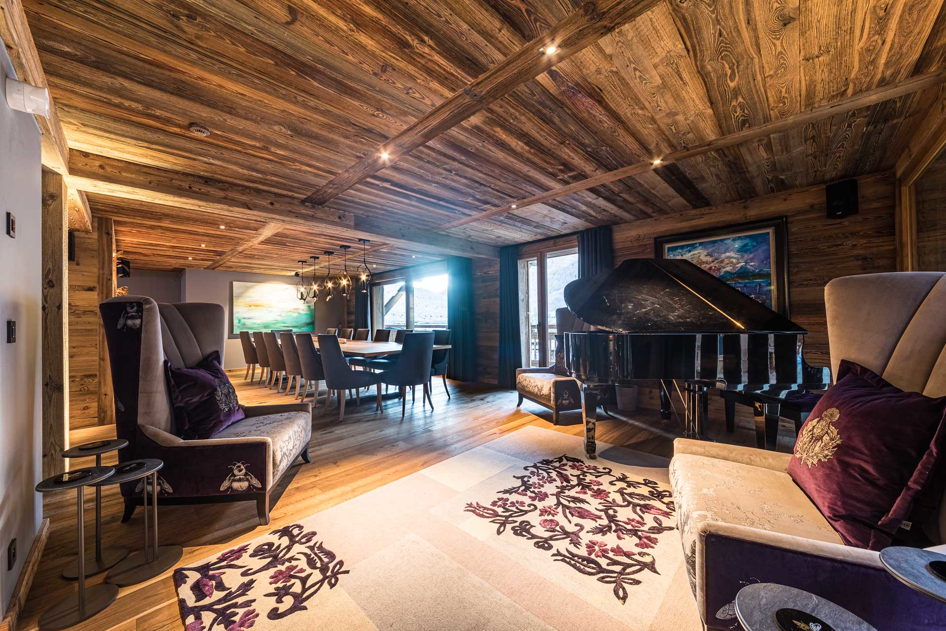amazing chalet with piano