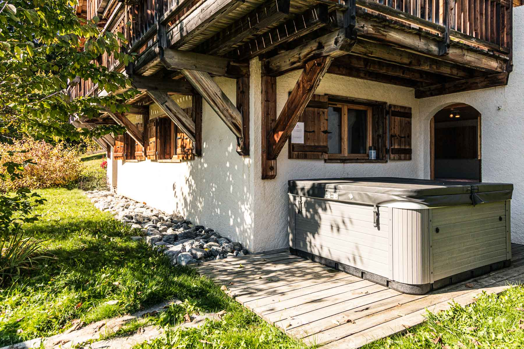 Chalet Leonie Hot Tub
