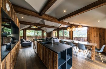 Chalet Moulins 3 Kitchen Island