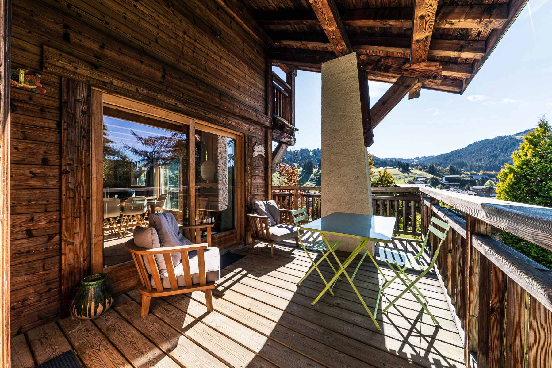 Chalet Leonie Covered Terrace