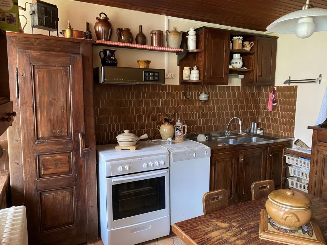 Seytroux House 958 Kitchen