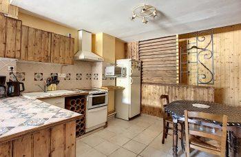 Morzine Mille 1125 Kitchen