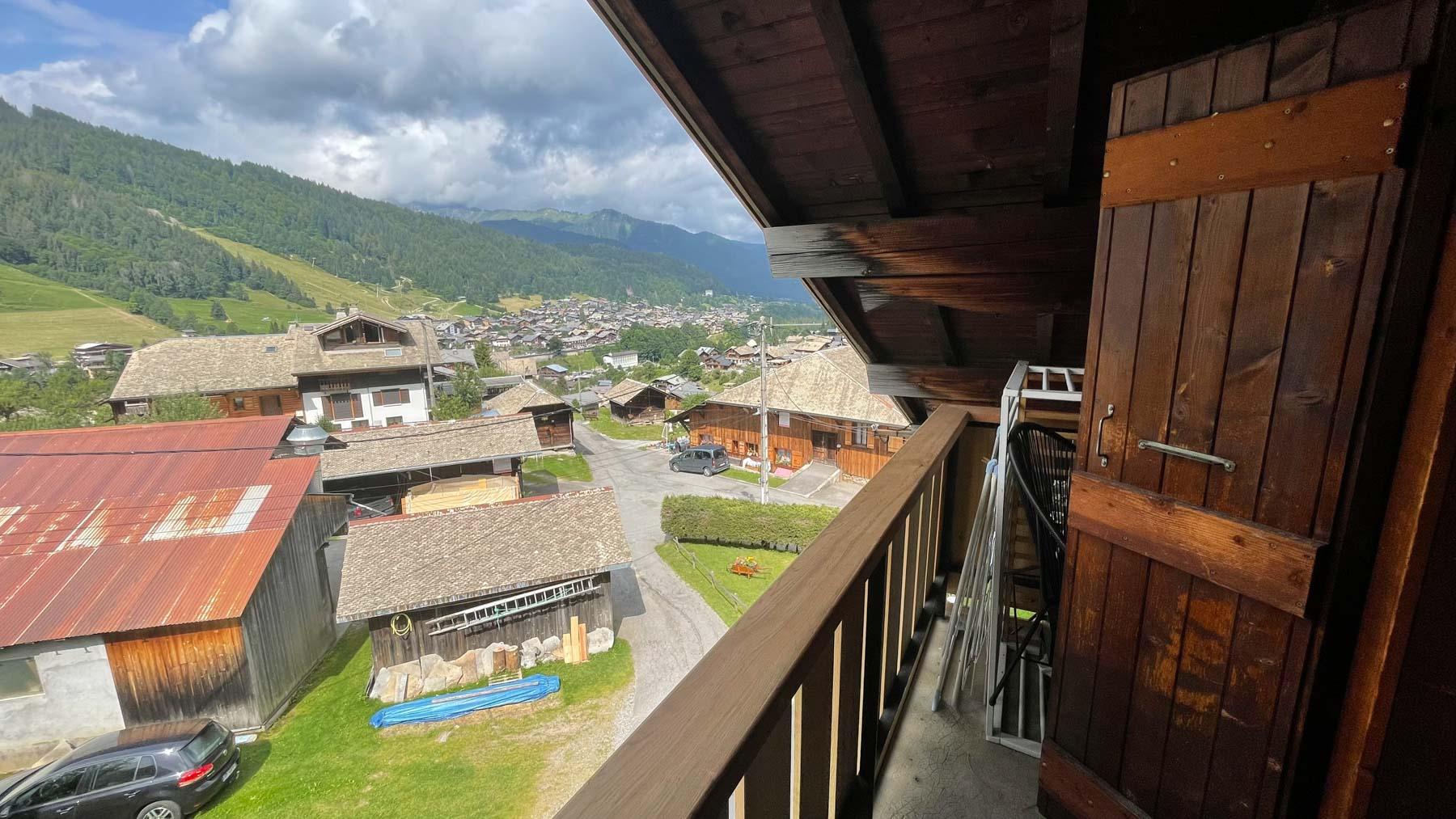 Putheys Duplex Balcony