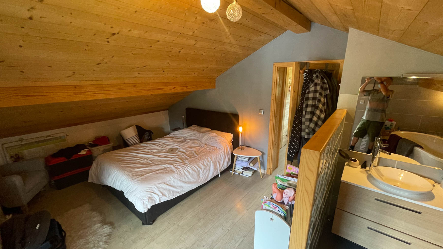 Putheys Duplex Master Bedroom
