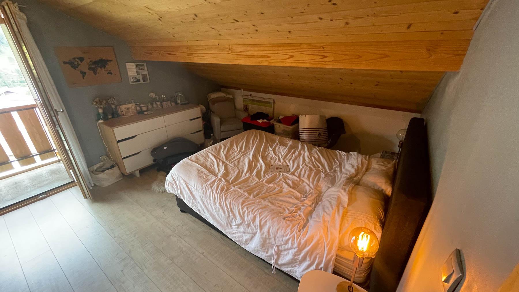 Putheys Duplex Double Bedroom