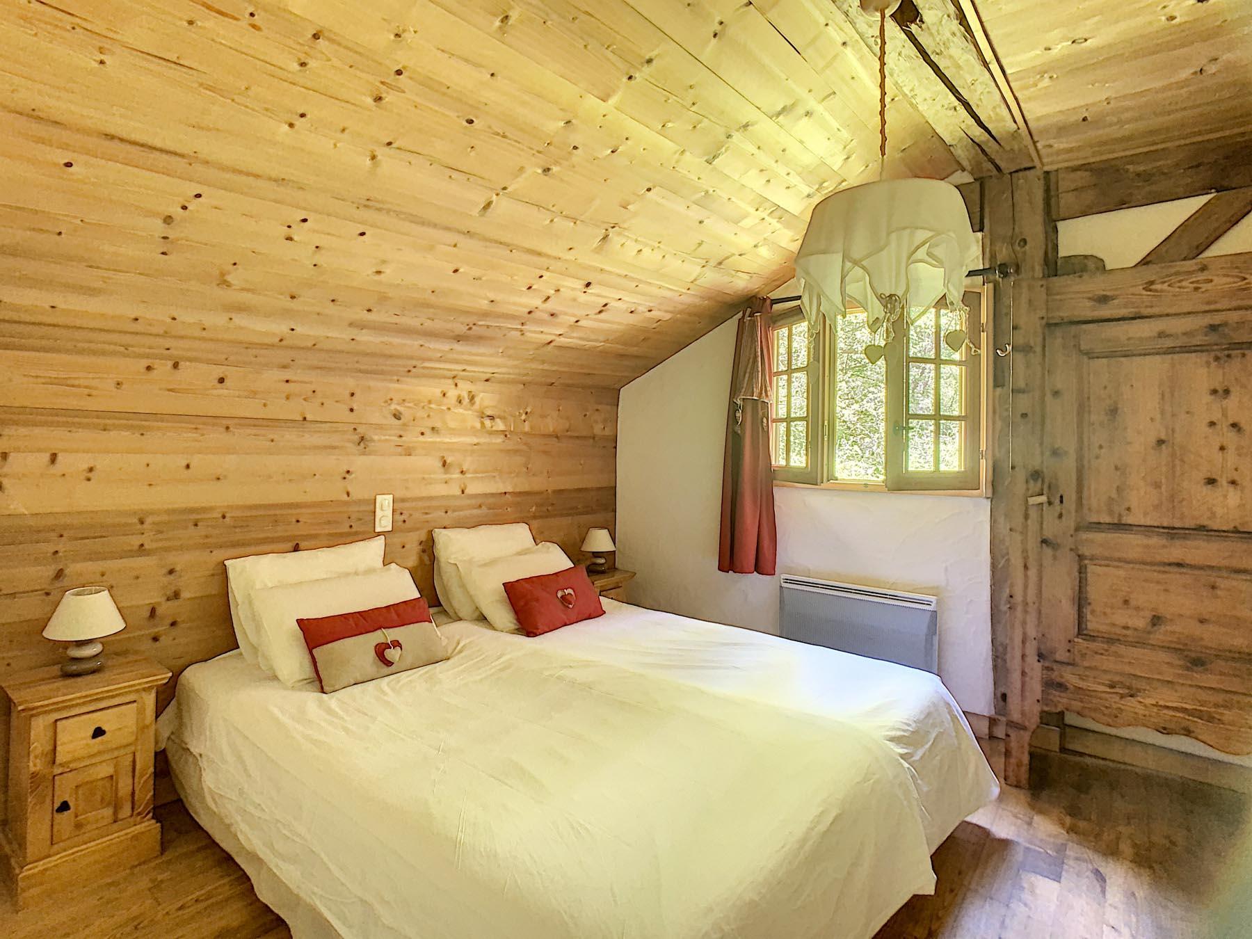 Mernaz 1160 Penthouse bedroom