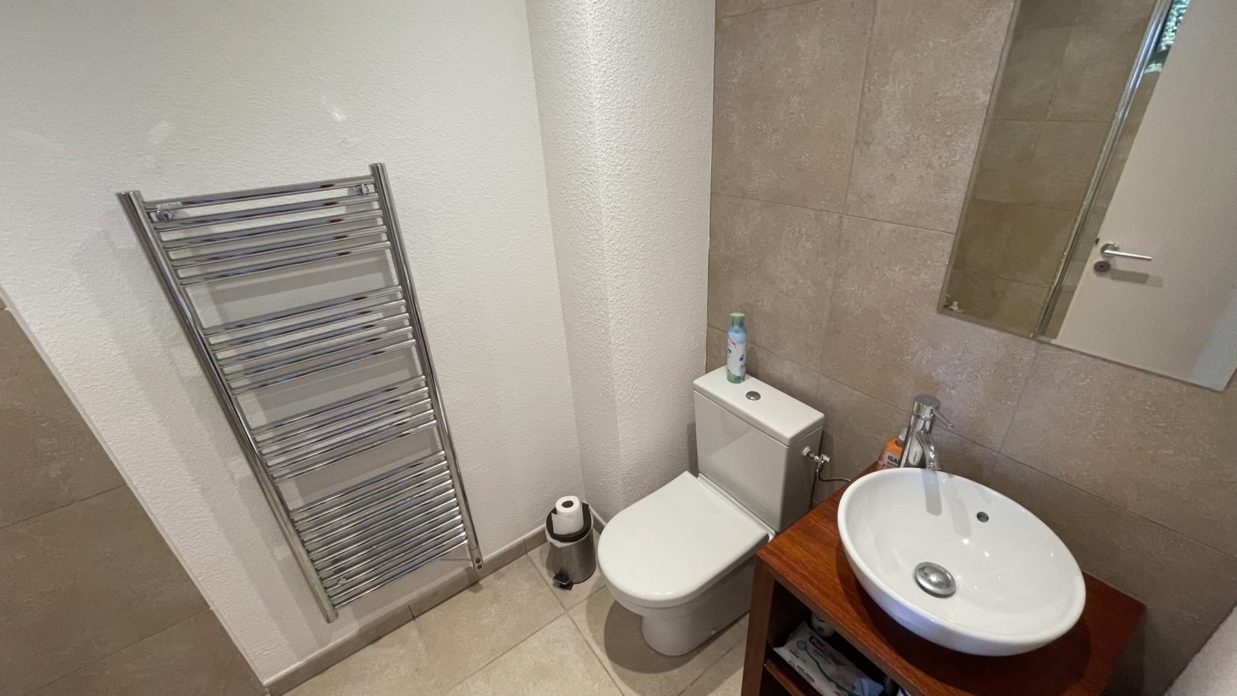 Pavillions 1 Family Shower Room