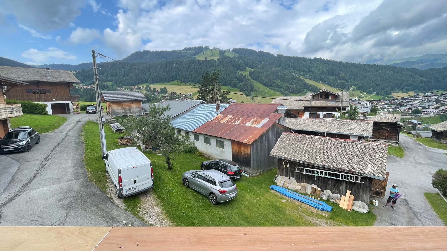 Putheys Duplex Summer Mountain Views