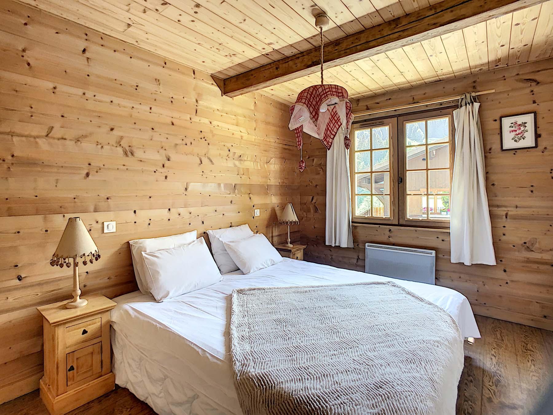 Mernaz 1160 Master Bedroom