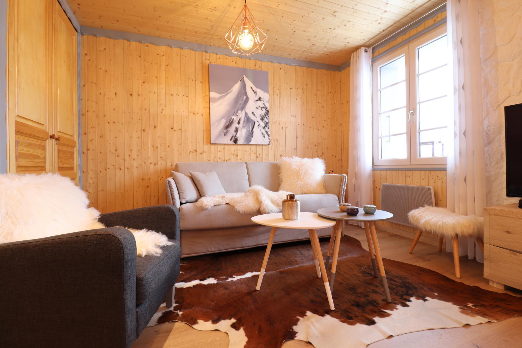 Flocons Appt 804 Sitting Room
