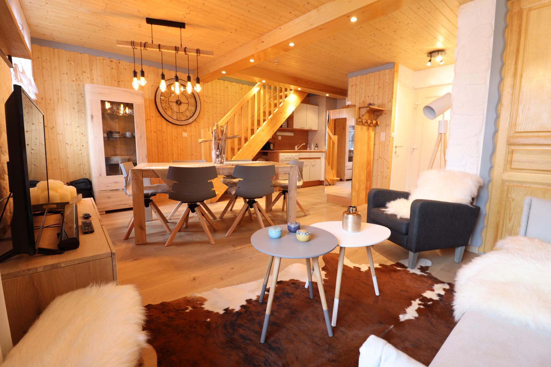 Flocons Appt 804 Living Area