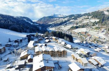 Ferme des Pistes Winter mountain View