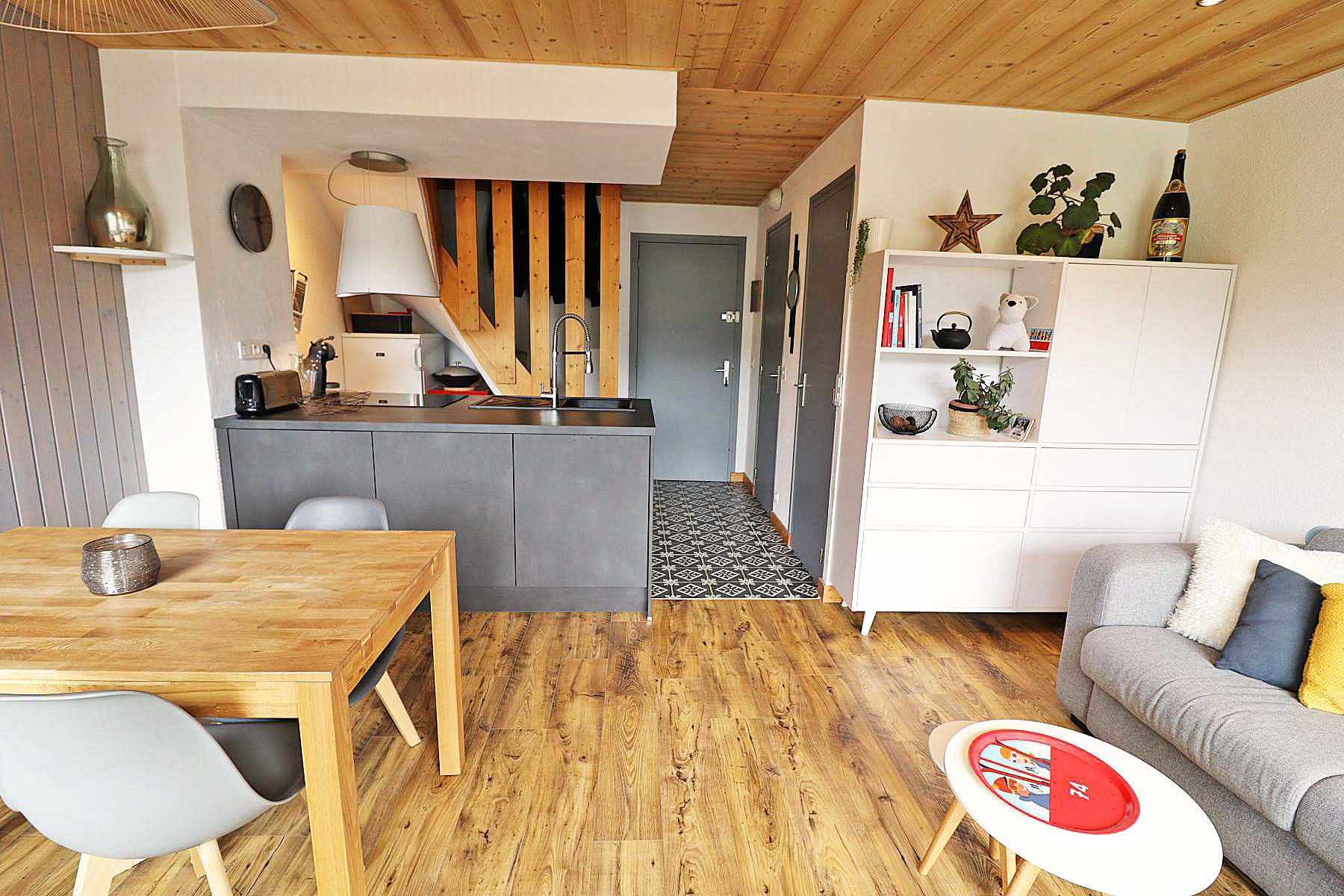 Duplex Clos Appt 821 Open Plan Living Room