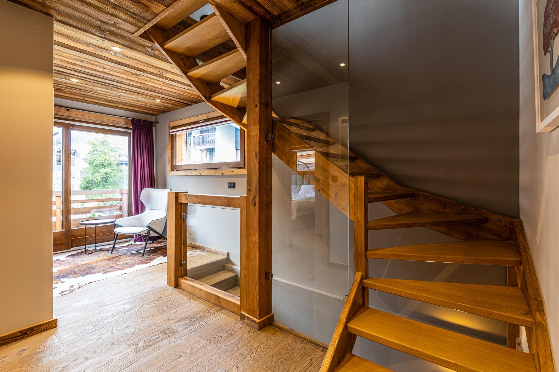 Kterra 1 Stairwell