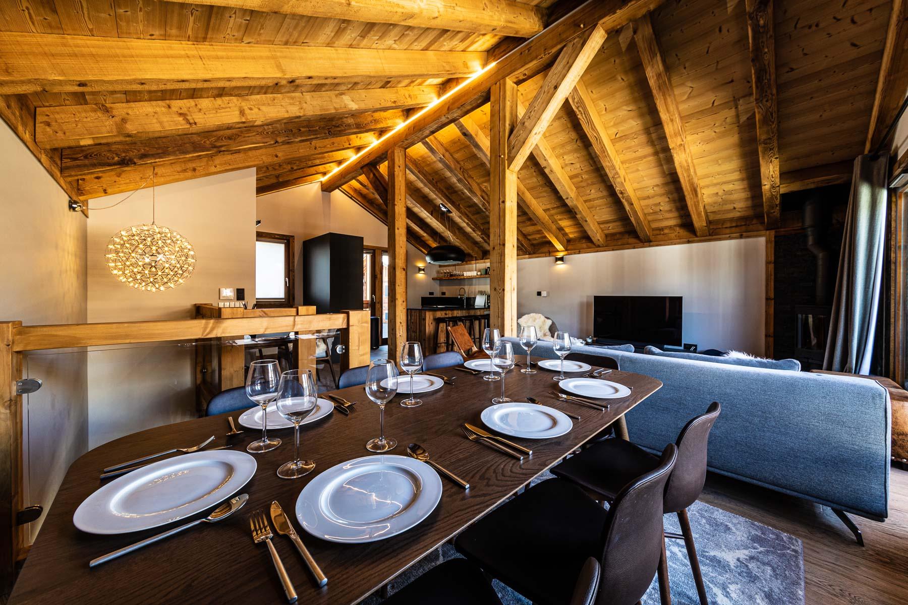 Kterra 1 Dining Area