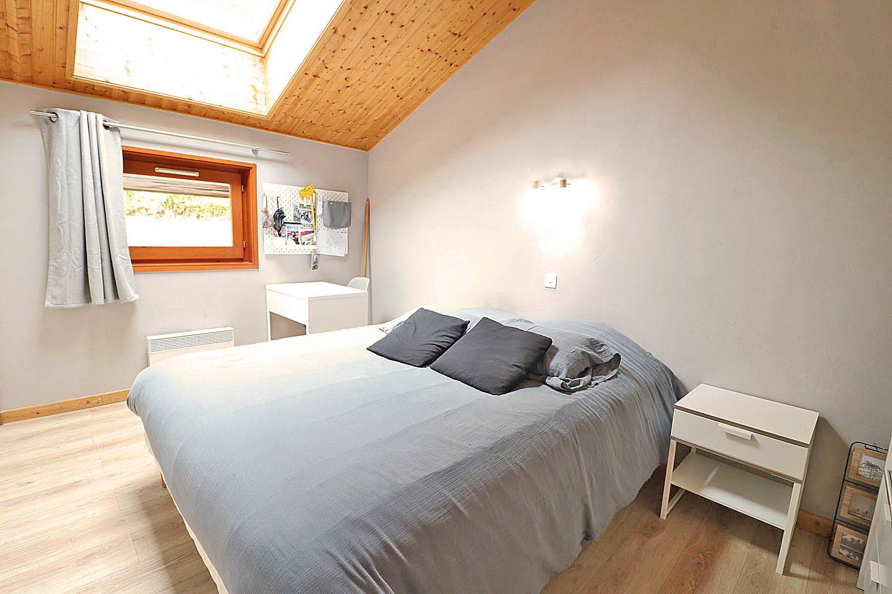 Duplex Clos Appt 821 Double Bedroom